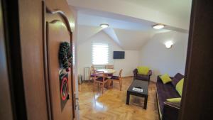 Villa Romantika, Apartmány  Zlatibor - big - 88