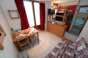 Lo Toumel, Apartments  Val d'Isère - big - 29