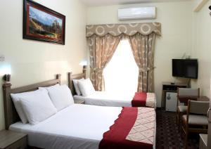 Alarraf Hotel, Отели  Дубай - big - 20