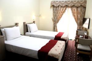 Alarraf Hotel, Отели  Дубай - big - 15