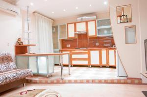 Gosti Magnitki Apartment Komsomolskaya 5
