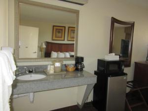 Quality Inn Fort Jackson, Отели  Колумбия - big - 11