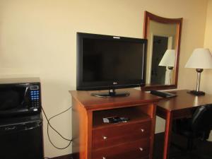 Quality Inn Fort Jackson, Отели  Колумбия - big - 10