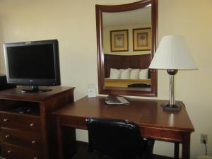 Quality Inn Fort Jackson, Отели  Колумбия - big - 9