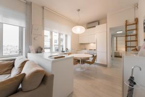 羅馬雷蒂懷特公寓 (White Home Re di Roma)