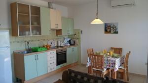 Apartments Mimoza, Апартаменты  Подстрана - big - 16