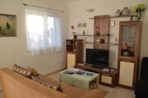Apartments Mimoza, Апартаменты  Подстрана - big - 14