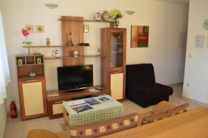Apartments Mimoza, Апартаменты  Подстрана - big - 25