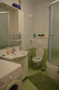 Apartments Mimoza, Апартаменты  Подстрана - big - 9