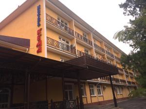 Гостиница Кема, Шымкент