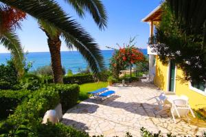 Corfu Glyfada Menigos Beach Apartments