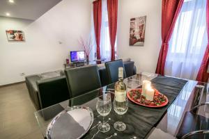 Holiday Budapest Superior Apartments(Budapest)