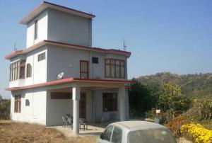 Kanwar Farm House