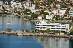 Bodrum Gulluk Marina Suites, Hotely  Gulluk - big - 1
