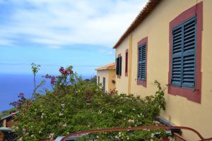 Casal São João Cottages, Vidiecke domy  Fajã da Ovelha - big - 2