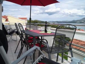 Apartments Villa Tanja, Ferienwohnungen  Trogir - big - 6