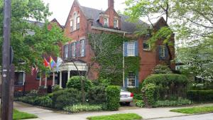 Clifford House Private Home B&B - Accommodation - Cleveland