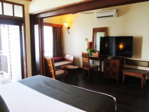 Sea Village Private Unit @ Langkawi Lagoon Resort, Üdülőközpontok  Kampung Padang Masirat - big - 23
