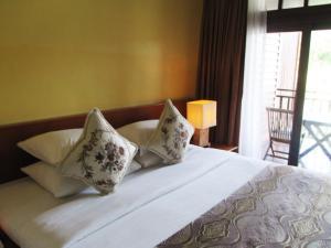 Sea Villa Private Unit @ Langkawi Lagoon Resort, Üdülőközpontok  Kampung Padang Masirat - big - 16