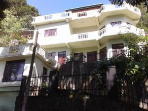 The Sen-SparK Villa