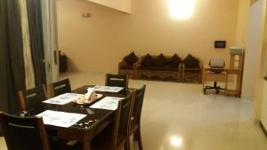 Bluebell Service Apartment, Amanora