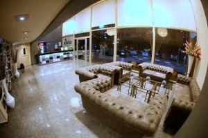 Avia Hotel & Resort