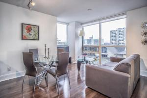 Republic on Roehampton Avenue - Furnished Apartments, Апартаменты  Торонто - big - 17