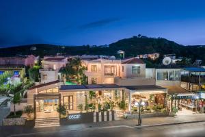 Oscar Suites and Village