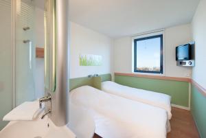 ibis budget Istres Trigance, Hotel  Istres - big - 32