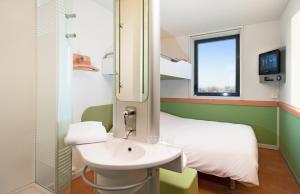 ibis budget Istres Trigance, Hotel  Istres - big - 12