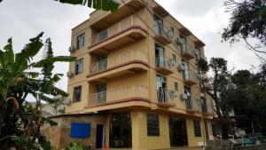 Weizhou Island Wan Jia Deng Huo Inn