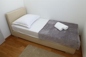 Apartment Parlov 2, Appartamenti  Podstrana - big - 8