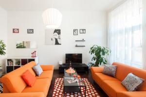 Ostrovni Apartments