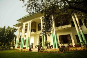 Anara Villa Service Apartments - Sainik Farm, Апартаменты  Нью-Дели - big - 1