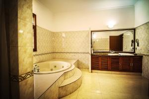 Anara Villa Service Apartments - Sainik Farm, Апартаменты  Нью-Дели - big - 12