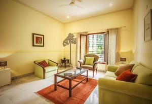Anara Villa Service Apartments - Sainik Farm, Апартаменты  Нью-Дели - big - 13