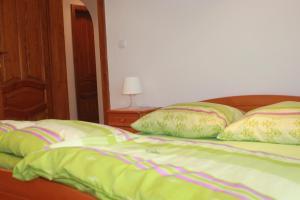 Zelený Domcek, Holiday homes  Heľpa - big - 11