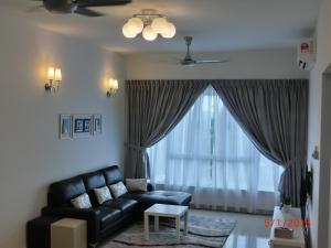 Luxury Tropez Residence, Апартаменты  Джохор-Бару - big - 2