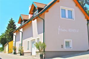 ferien-wohnen, Apartments  Mautern - big - 1
