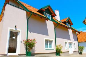 ferien-wohnen, Apartments  Mautern - big - 74