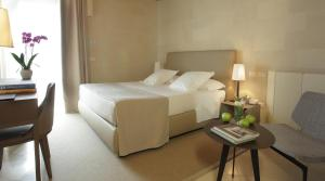Superior Double Room - Guestroom La Fiermontina Urban Resort in Lecce