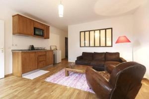 Appartement Volets Rouges, Apartmány  Cachan - big - 3