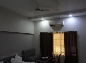 STARiHOTELS Raipur Road kawardha