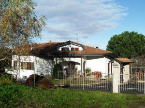 (Villa Motti)