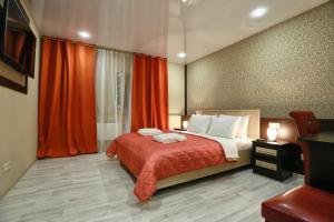 Paradise Hotel at Pushkinskaya