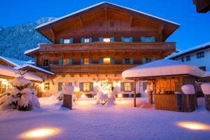 Waidringer Hof Superior - 1. Tiroler Glückshotel