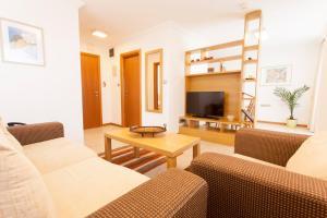 Emerald DH Property, Апартаменты  Равда - big - 39