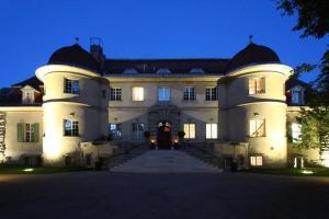 卡佐宫殿酒店 (Schloss Kartzow)