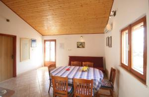 Holiday Home Vineyard house, Дома для отпуска  Бол - big - 7