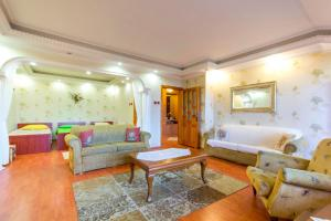 Nazli Apartment 2